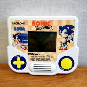 Vintage 1988 Sonic The Hedgehog game